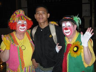 JR and clowns
