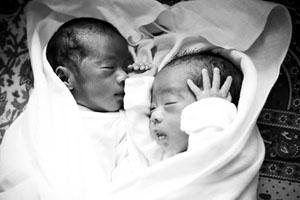 20110106_gh_twins-4314